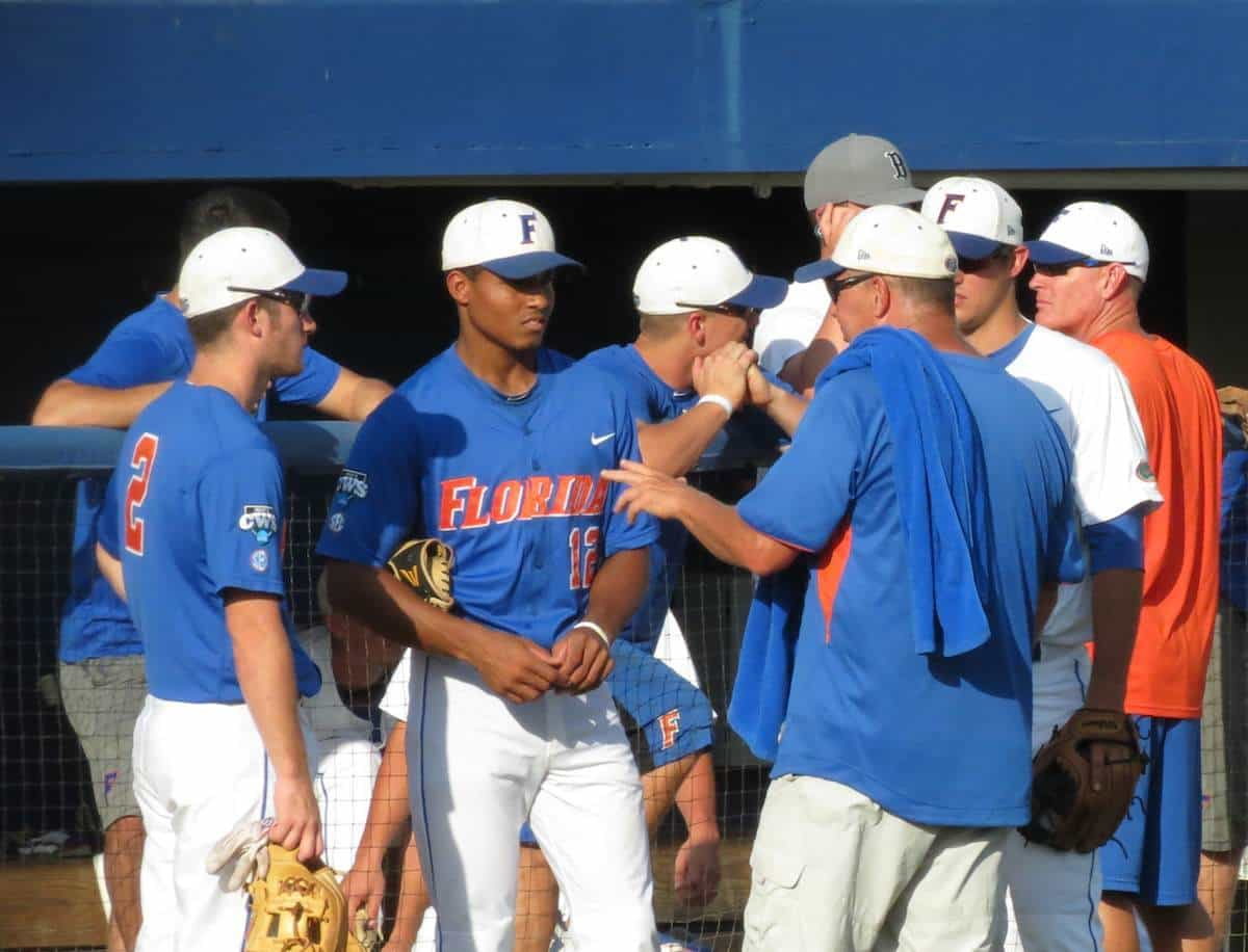 Florida baseball coach Kevin O'Sullivan talks with Casey Turgeon, left, and Richie Martin, a pair of players that will be key for this year's team. / Gator Country photo by Mike Capshaw