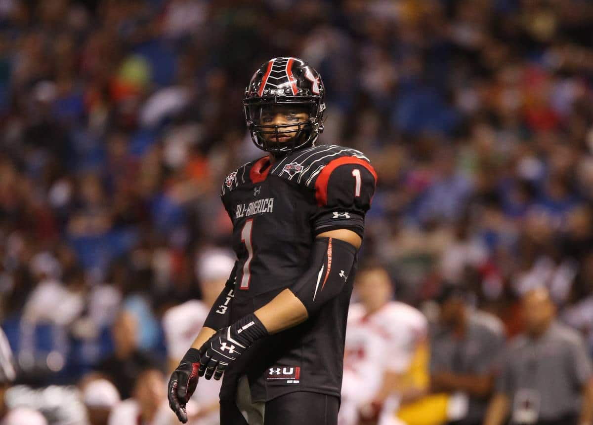 Robert Nkemdiche, the nation's No. 1 defensive end prospect, looks to the sidelines in the Under Armour All-America Game on Jan. 4 in St. Petersburg, Fla. / Gator Country photo by Curtiss Bryant