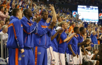 Reports: Gators, Harris part ways