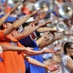 Florida_Gator_Fans_chomp