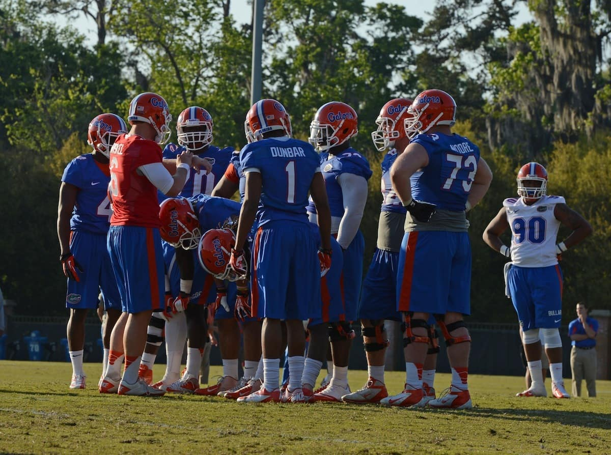 Huddle_03152013_JackLewis_Florida_Gators_Football