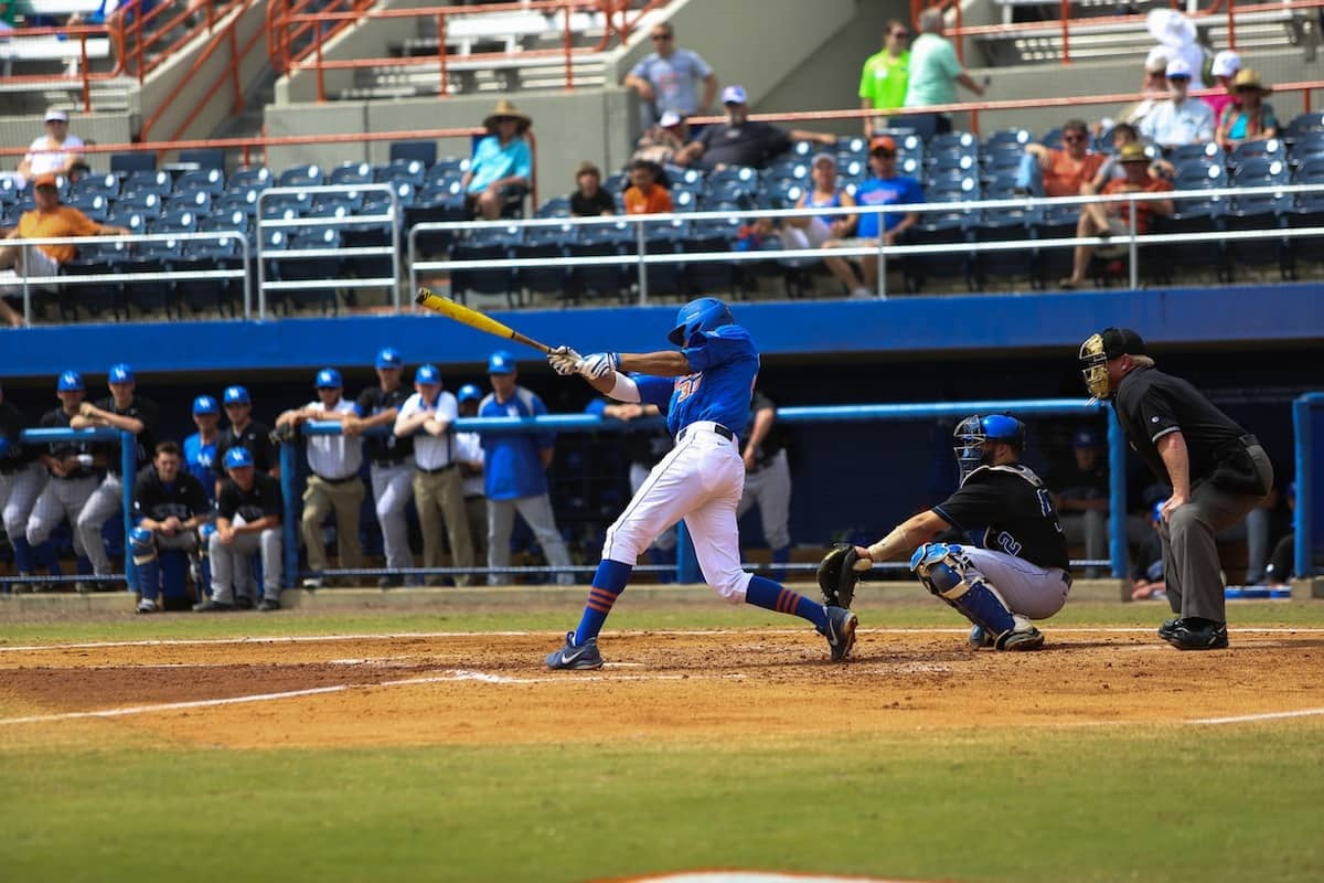 Ramjit_Vickash_swing_WesHall_03172013_Florida_Gators_Baseball