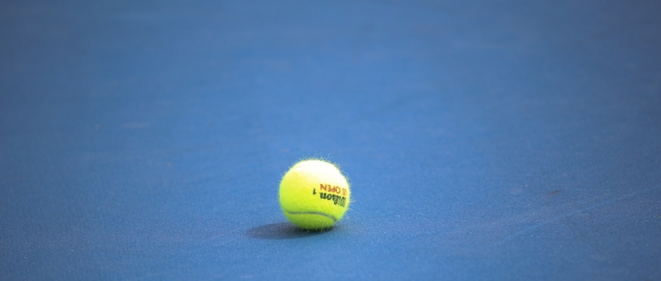Florida Gators women's tennis extends winning streak at home