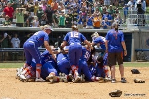 2013_Florida_Softball_Celebration