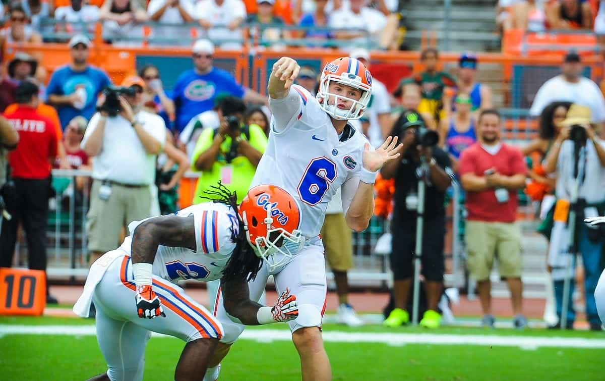 Florida Gators QB Jeff Driskel throws downfield.  Gator Country photo by David Bowie.
