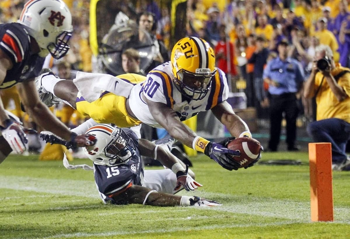 The LSU Tigers took down the Auburn Tigers in Baton Rouge, LA by a score of 35-21. Photo Credit: Crystal LoGiudice-USA TODAY Sports