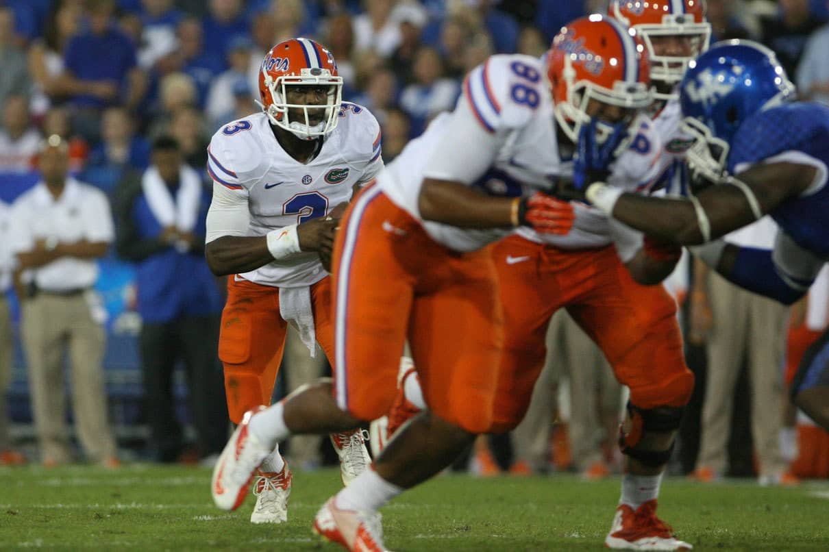 Sep 28, 2013; Lexington, KY, USA; Florida Gators quarterback Tyler Murphy (3) runs the ball against the Kentucky Wildcats at Commonwealth Stadium. Photo: Mark Zerof-USA TODAY Sports