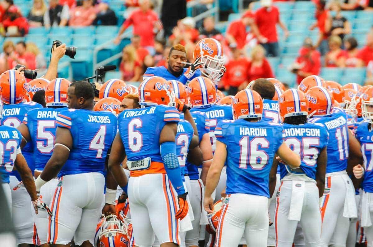 Florida_Gator_Football_Team_Shot_110213_Bowie