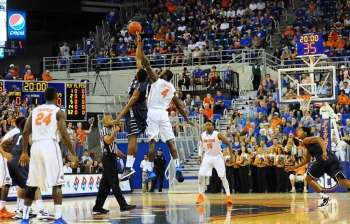 The opening tip: Florida vs. Vanderbilt