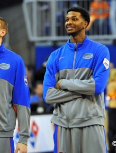 Florida Gators basketball: Chris Walker returns...again