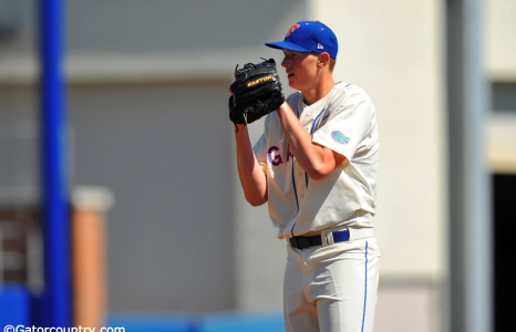 Gators respond to loss, even series with Tennessee