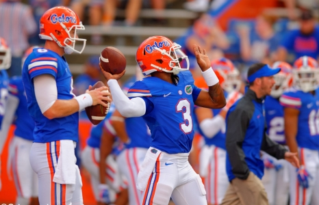 Florida Gators going with two quarterbacks