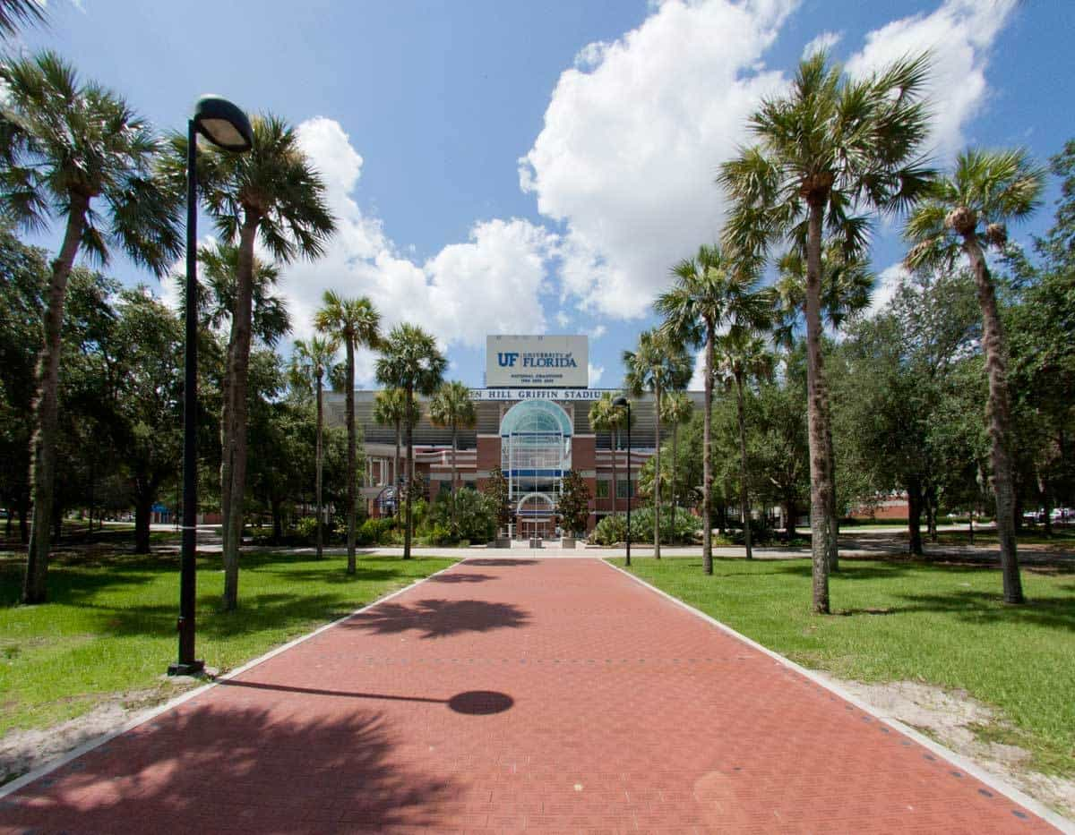 Photo courtesy of Gainesville Apartments @ http://www.trimarkproperties.com