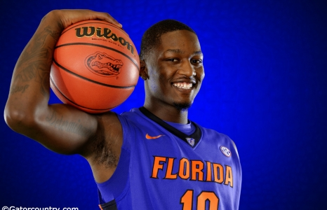 Finney-Smith's Career High Lifts Gators Over Dolphins, 79-34