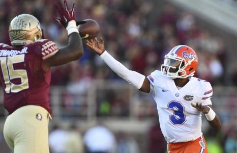Florida State defeats the Florida Gators 24-19