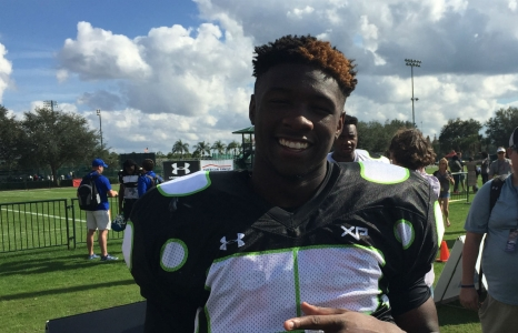 Collins trying to keep Florida Gators in the race for Roquan Smith