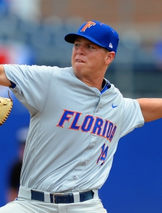 Florida Gators acclimating to new baseball