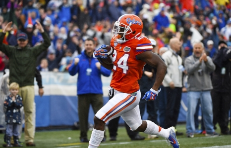 Florida defeats East Carolina in bowl game