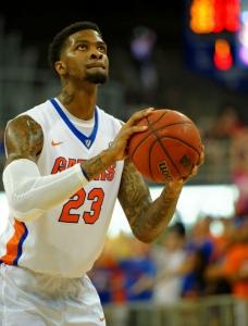Florida Gators Chris Walker putting expectations aside