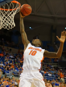 Gators survive and advance in SEC Tournament