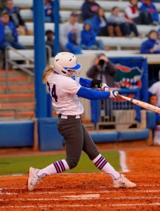 Florida Gators softball sweeps away Mercer, move to 16-0