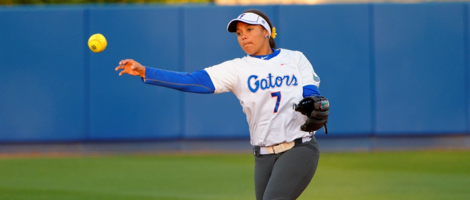 Florida Gators softball defeats #15 UCF 2-1