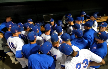 Florida Gators finish off sweep of Stony Brook