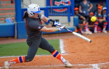 Florida Gators softball fall to Missouri in series finale, 3-2.