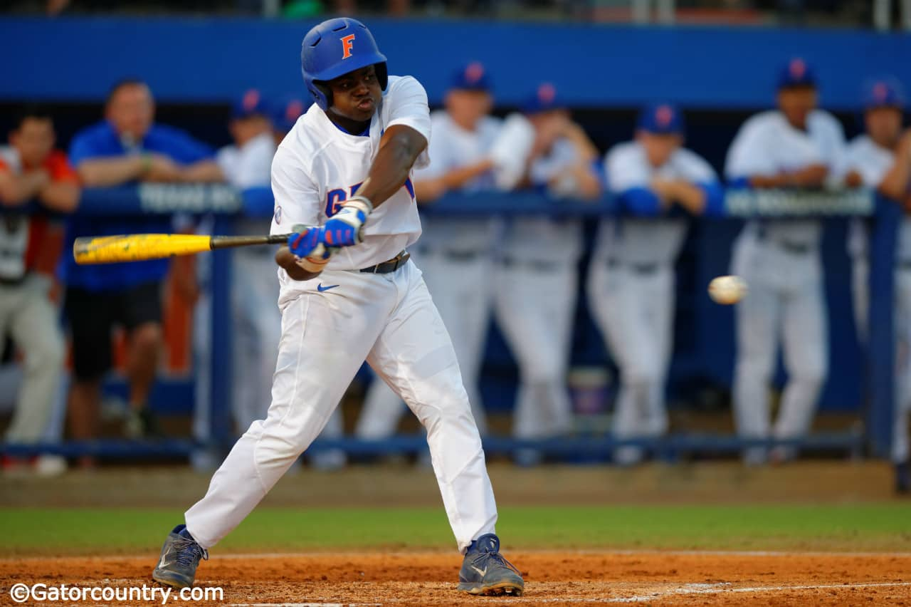 Timely hitting gets Florida Gators win No. 32