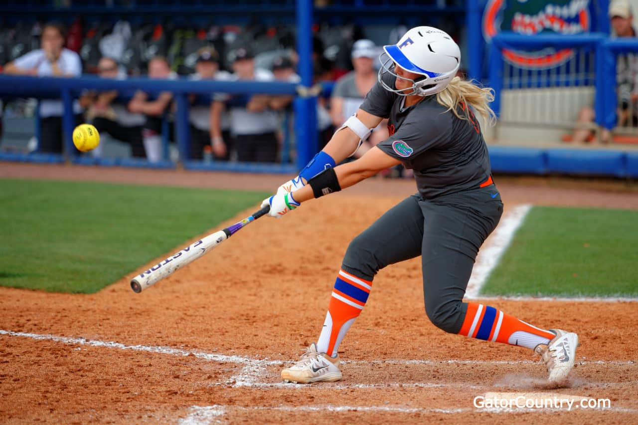 Gators win game 1 of the WCWS 7-2
