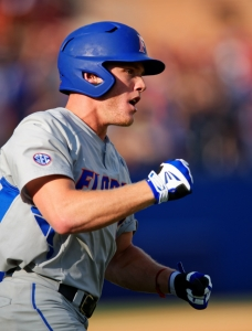 Florida Gators win 10-5, survive another day