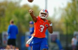Florida Gators quarterback Treon Harris makes a throw during practice March 18th 2015- 1280x852- Florida Gators Football