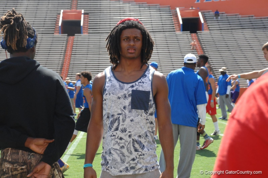2016 Florida Gators cornerback commit Aaron Robinson at football camp in June - 1600x1063-Florida Gators Recruiting