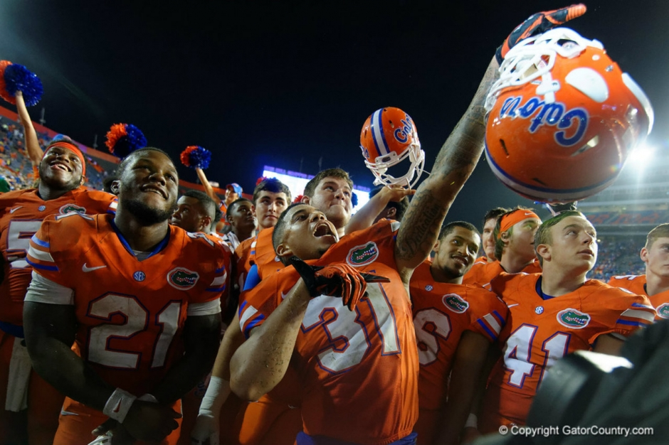 Florida Gators celebrate the ECU game on Saturday night- 1280x853
