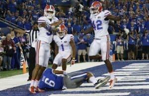 Florida Gators defense celebrates a win over Kentucky- 1280x914