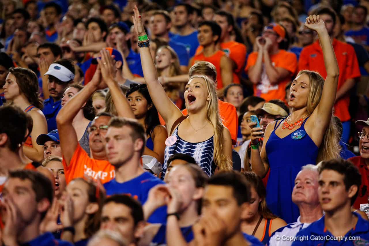 Florida Gators fans cheer for the Gators against New Mexico State- Florida Gators recruiting- 1280x853