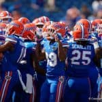 Florida Gators huddle up before the Tennessee game-1280x853