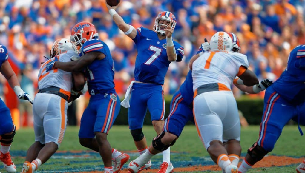 Florida Gators quarterback Will Grier throws downfield against Tennessee- Florida Gators football- 1280x853