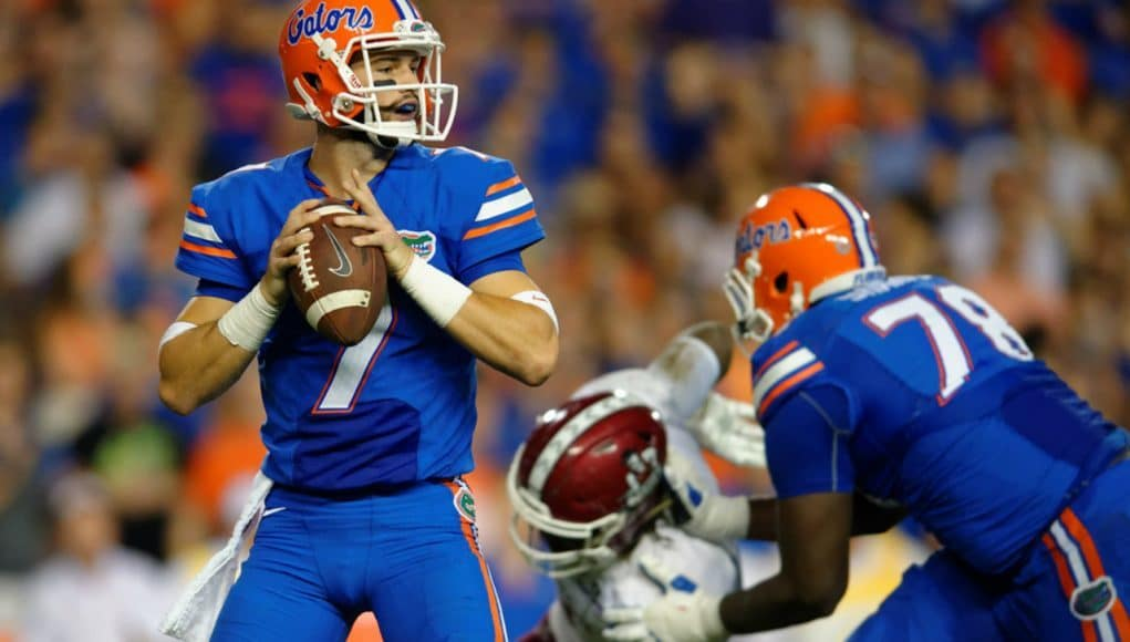 Florida Gators quarterback Will Grier reads the New Mexico State defense- 1280x853