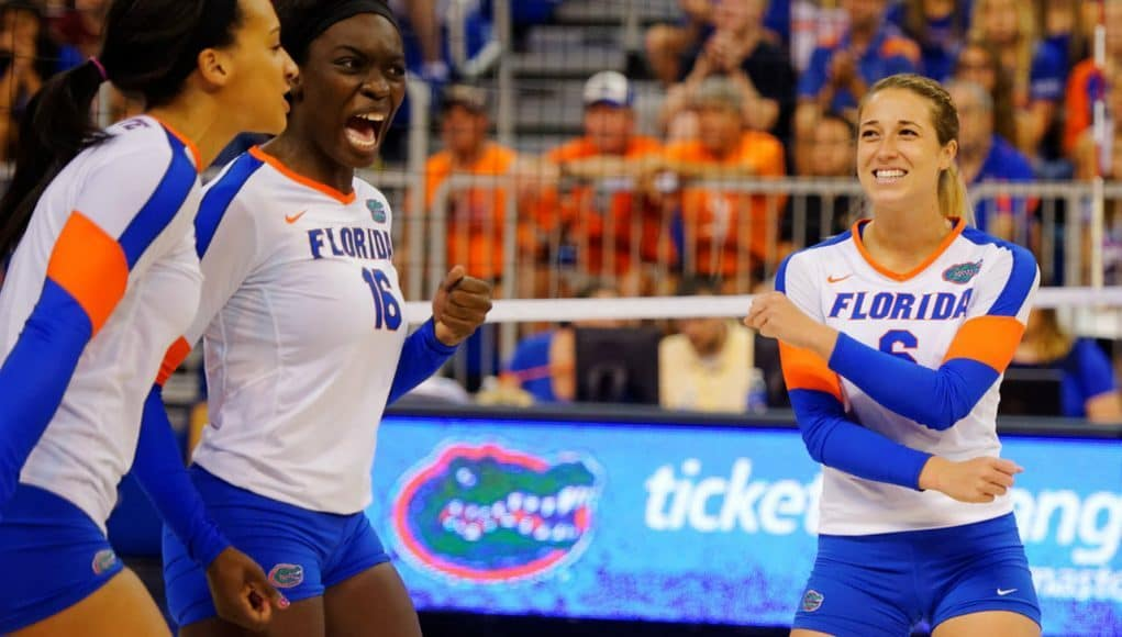 Florida Gators volleyball celebrates a point in 2015-1280x853