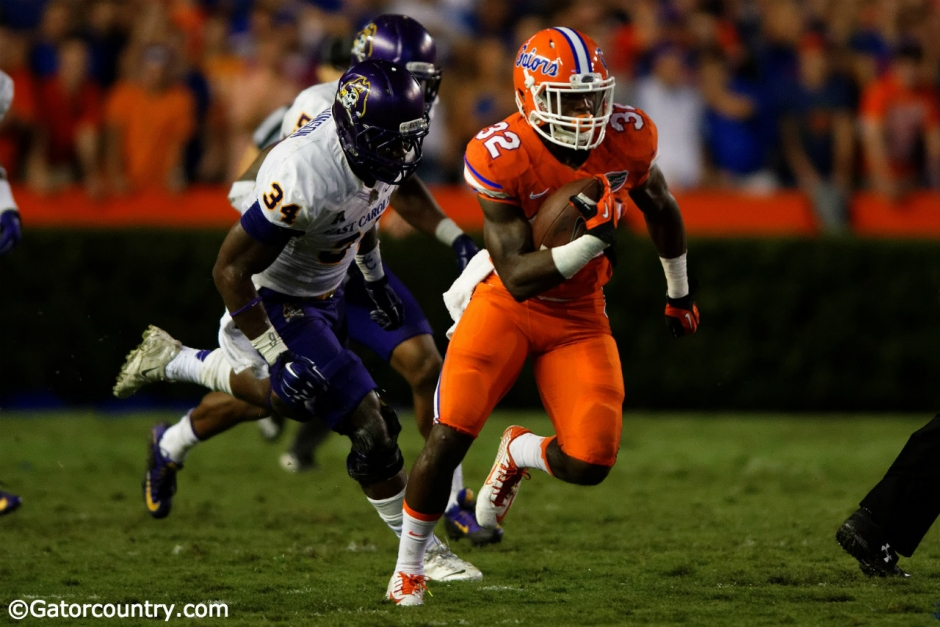 University of Florida freshman running back Jordan Cronkrite carries the ball against East Carolina- Florida Gators Football- Jordan Cronkrite- 1280x854