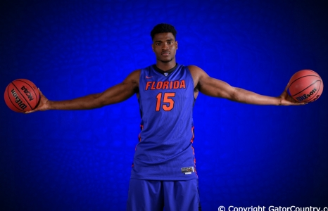 Florida Gators John Egbunu is the Big Man With Big Play