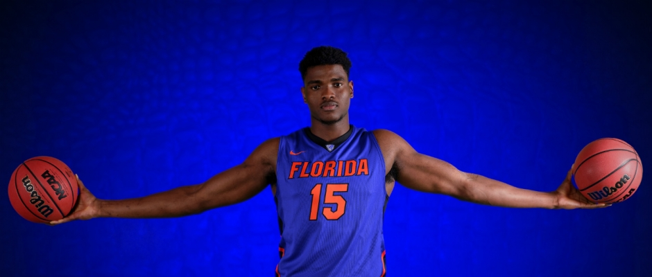 Florida Gators John Egbunu is the Big Man With Big Play