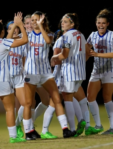 Florida Gators soccer advances to second round