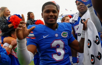 In midst of turbulent week, Gators rally behind Treon Harris