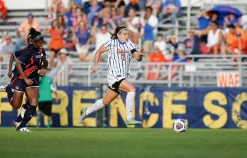 Florida Gators soccer tops Iowa State