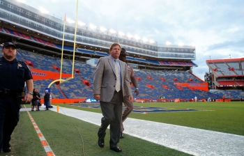 Jim McElwain shows respect to Nick Saban, Alabama