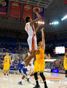 Florida Gators Basketball Falls to No. 1 MSU in Close Game