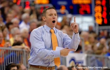 Florida Gators Basketball roll to another win