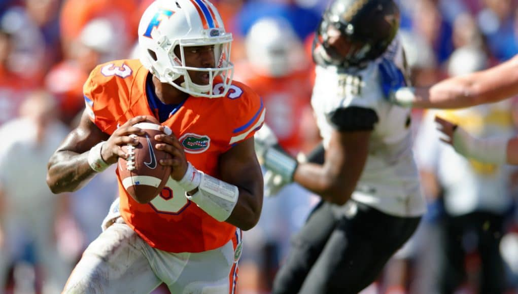 University of Florida quarterback Treon Harris scrambles in a 9-7 win over Vanderbilt- Florida Gators football- 1280x852